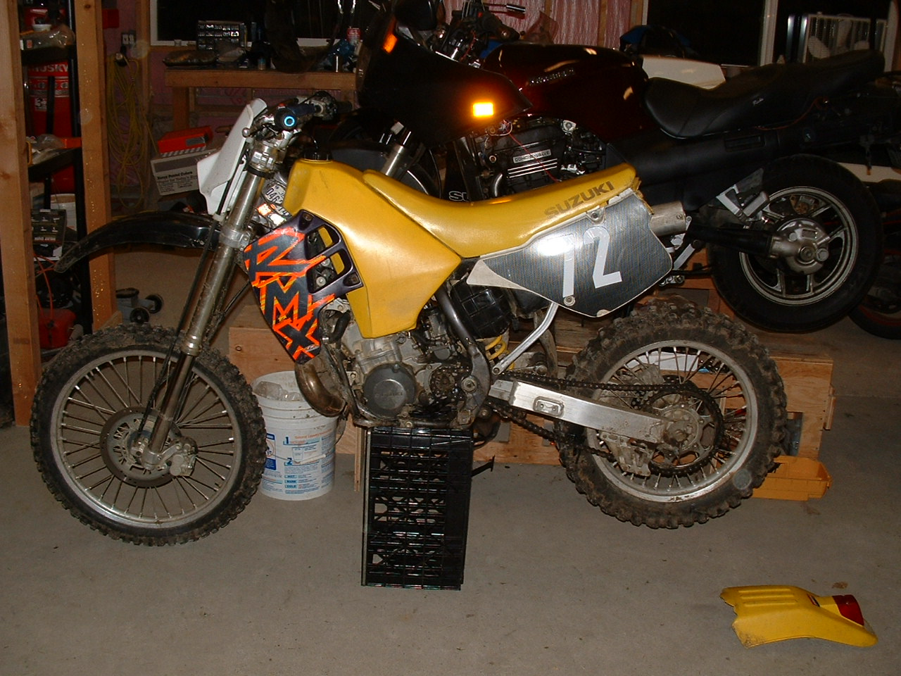 Suzuki  Rmx Top End Rebuild